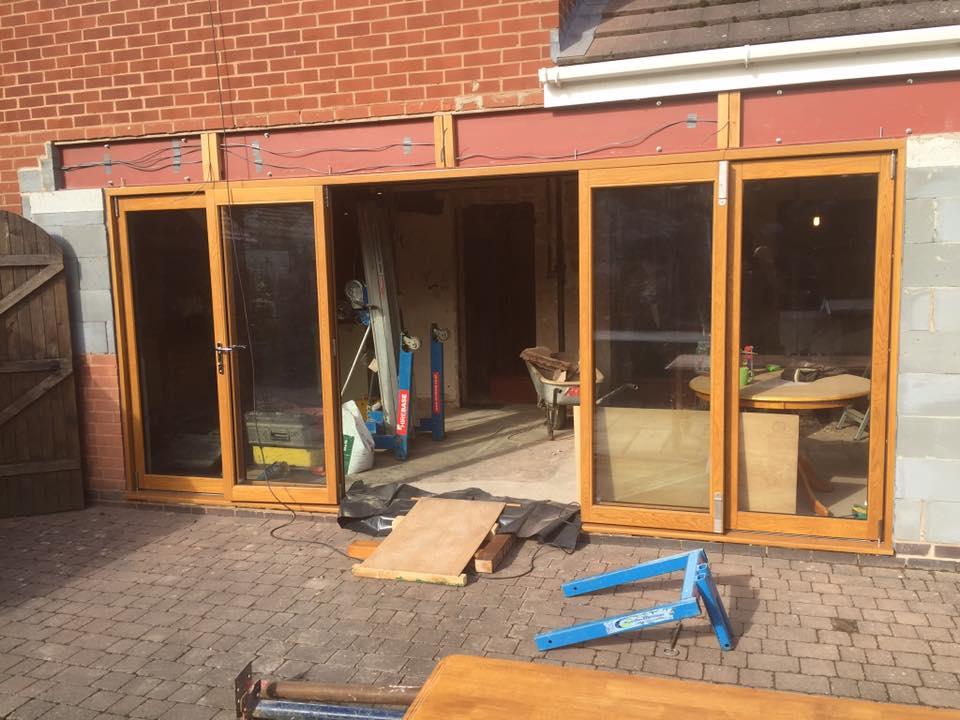 Bi-fold Doors Mid Fit
